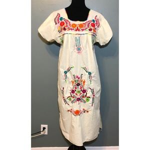 Dresses & Skirts - Vintage Mexican boho wedding dress